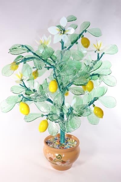 Лимон из стекла