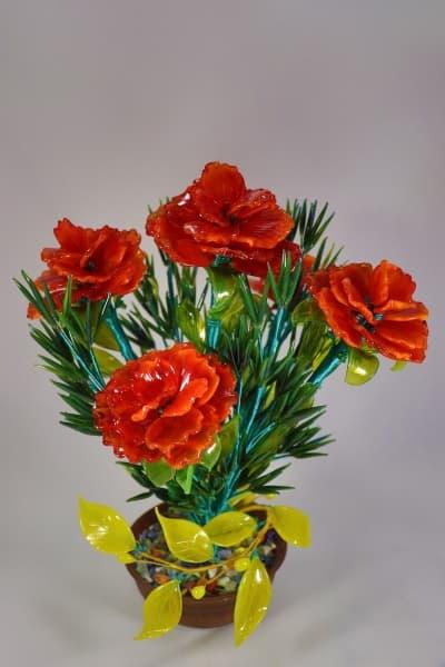 Цветок из стекла композиция из гвоздик красный