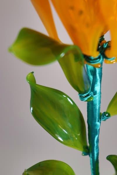 Сувенир из стекла лилия оранжевая оранжевый