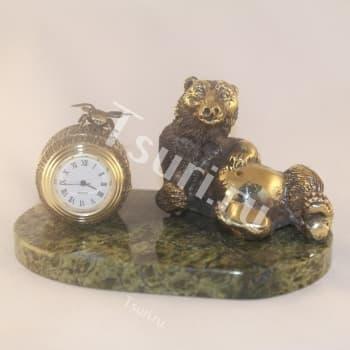 Композиция Часы Мишка с мёдом