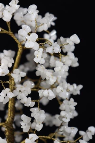 Сувенир из белого агата