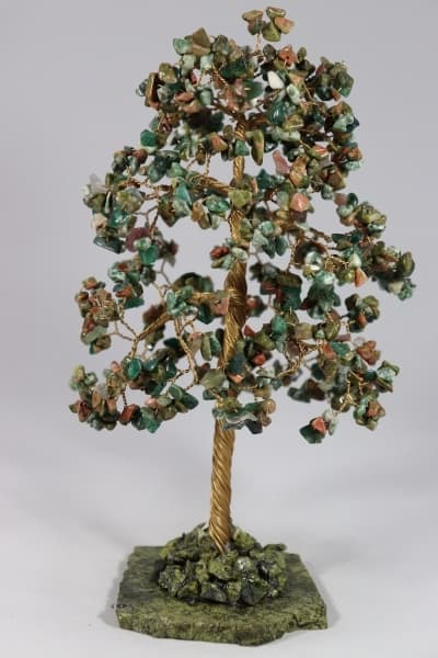 Дерево счастья из яшмы