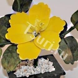 thumb_634080a Каменный цветок из самоцветов