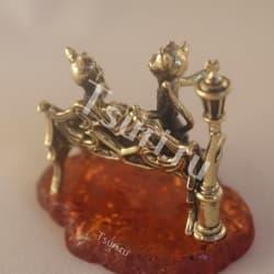 thumb_ar001167b Статуэтки и фигурки из бронзы на янтаре