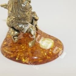 thumb_ar00280b Статуэтки и фигурки из бронзы на янтаре