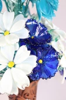 thumb_glass00234a1 Цветы из цветного стекла авторские работы