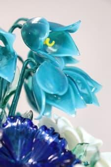 thumb_glass00234b1 Цветы из цветного стекла авторские работы
