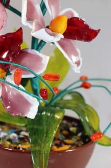 thumb_glass00292a Сувенир из стекла цветочная композиция ручной работы