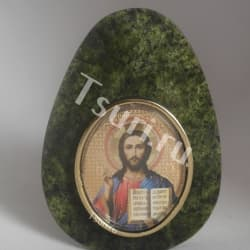 thumb_ra1314004 Фигурка яйцо. образ иисуса христа на янтаре ra1314004