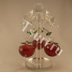 Яблоня красная